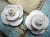 Shabby Chic Roses (set of 2)