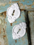 Shabby Key Holes (set of 2)