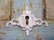 Chic Keyhole with Scrolls
