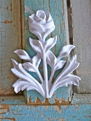 Shabby Carved Rose with Leaves