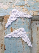 Shabby Architectural Corners (set of 2)